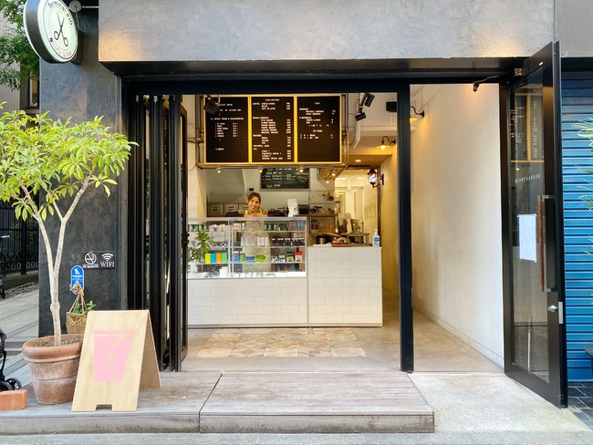 CBD(coffee)麻布十番店のエントランス画像